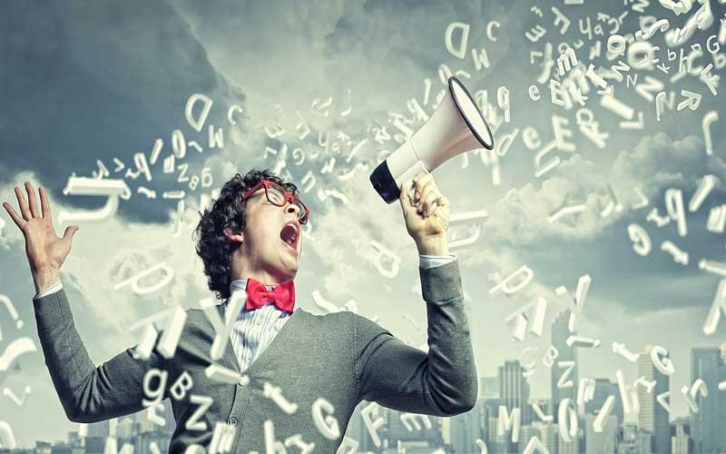 تبلیغات در دنیای این روزهای ما کارکردی مثبت دارد یا منفی؟