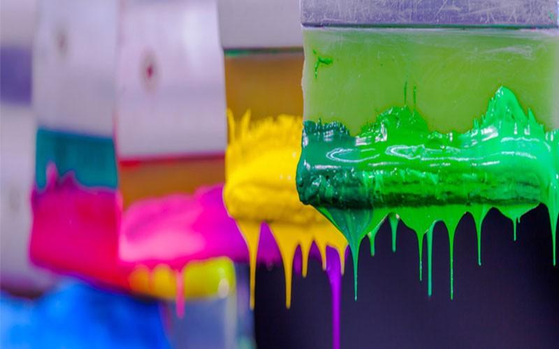 رنگ در بازاریابی و تبلیغات چه نقشی ایفا می کند؟